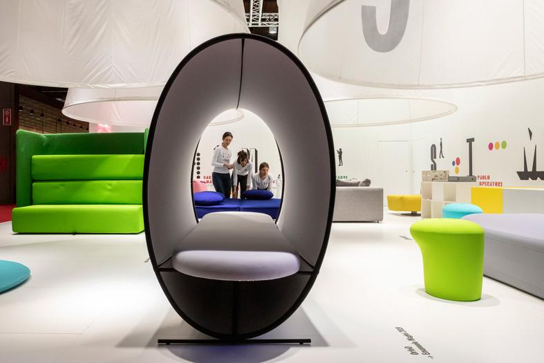 stand-campeggi-salone-mobile.jpg